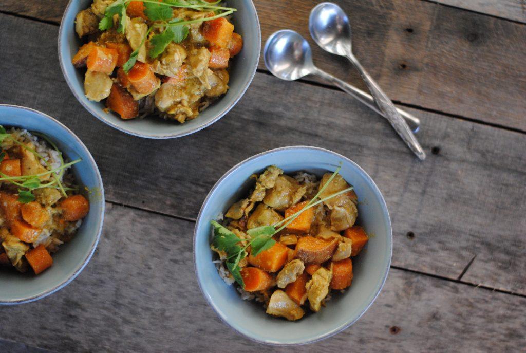 Slow cooker coconut curry chicken - paleo and gluten free. #paleodinner #paleorecipe