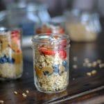 Healthy breakfast - Make ahead chocolate quinoa breakfast jars