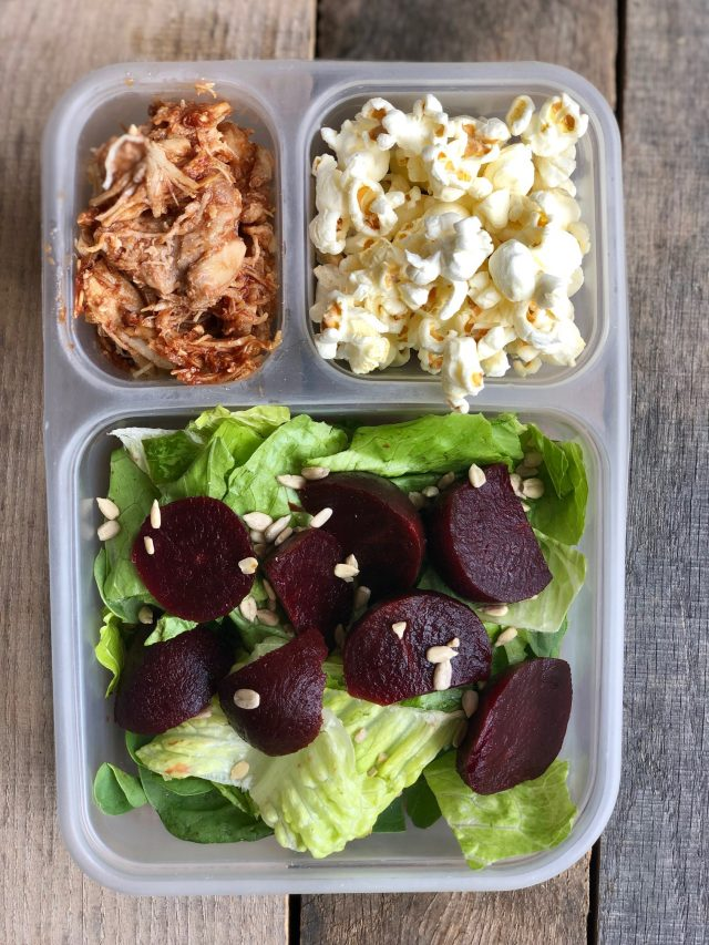 10 Simple School Lunches from Trader Joe's - BBQ chicken, organic popcorn, romaine and roasted beets make up this healthy Trader Joe's Lunch for School.. #healthytraderjoes