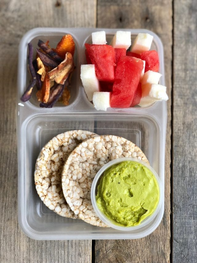 10 Simple School Lunches from Trader Joe's - rice cakes + avocado, jicama, watermelon and carrot chips. #healthykids #kidslunchbox