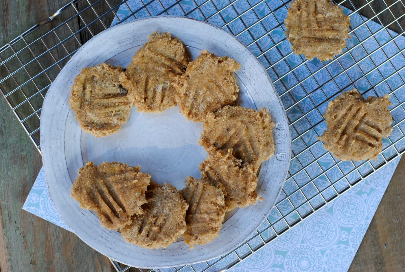 3 ingredient cookies. Unprocessed and made with real ingredients. #kidscook