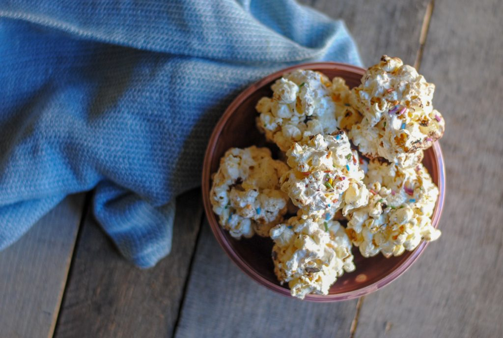 Easy and fun popcorn balls