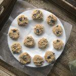 No bake raw vegan chocolate chip cookies
