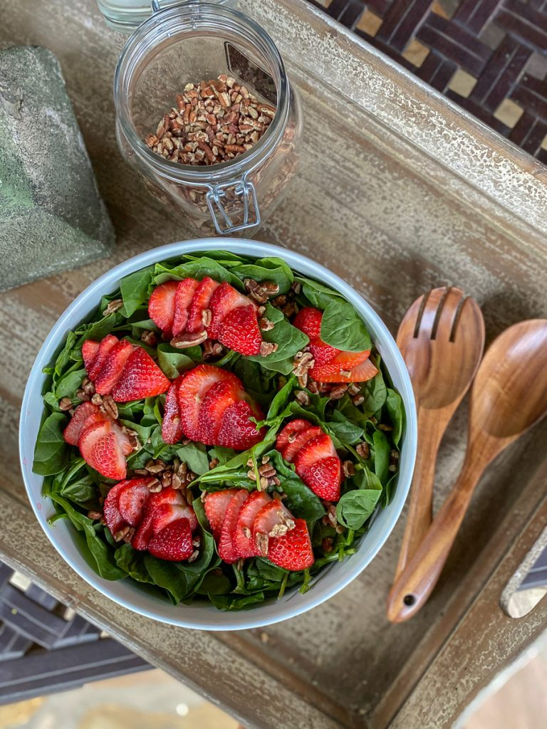 Simple spinach strawberry salad