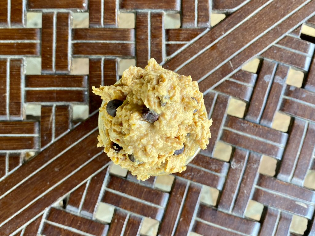 Healthy chocolate chip cookie dough (no added sugar)