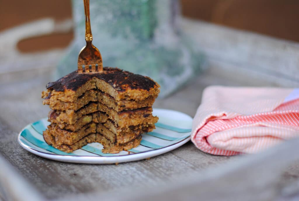 Grain-free sweet potato pancakes with banana