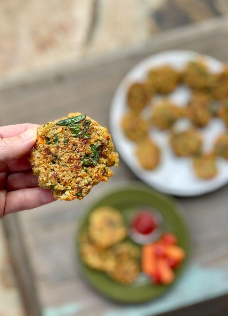 up close pic of the quinoa pattie